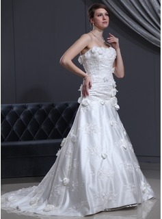 A-Line/Princess Sweetheart Court Train Tulle Charmeuse Wedding Dress With Lace Beadwork Flower(s) (002000142)