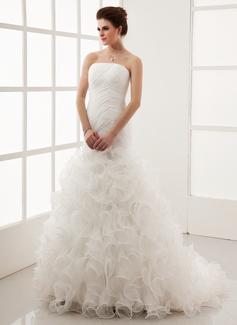 Corte A/Princesa Estrapless Tren de la corte Organdí Vestido de novia con Cascada de volantes