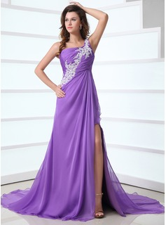 A-Line/Princess One-Shoulder Court Train Chiffon Holiday Dress With Ruffle Lace (020017317)