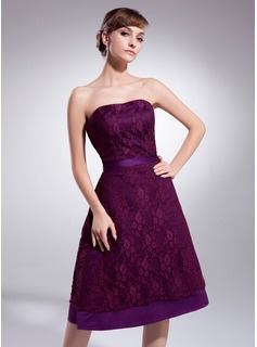 A-Line/Princess Sweetheart Knee-Length Satin Lace Bridesmaid Dress (007001884)