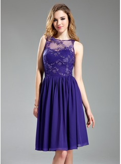 A-Line/Princess Scoop Neck Knee-Length Chiffon Tulle Bridesmaid Dress With Lace (007019648)