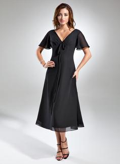 A-Line/Princess V-neck Tea-Length Chiffon Mother of the Bride Dress With Ruffle Bow(s)
