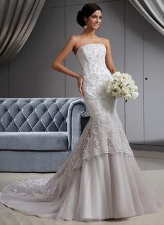 Corte trompeta/sirena Estrapless Cola capilla Tul Encaje Vestido de novia con Bordado
