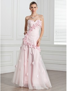 A-Line/Princess Sweetheart Floor-Length Organza Evening Dress With Ruffle Flower(s)