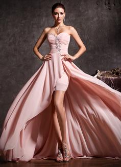 Corte A/Princesa Escote corazón Asimétrico Chifón Vestido de baile de promoción con Volantes Bordado