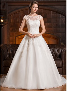 A-Line/Princess Scoop Neck Court Train Organza Lace Wedding Dress