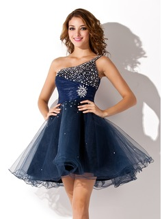 A-Line/Princess One-Shoulder Short/Mini Organza Homecoming Dress With Ruffle Beading