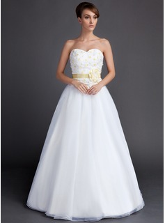 A-Line/Princess Sweetheart Floor-Length Organza Wedding Dress With Sash Flower(s)