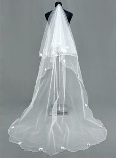 Wedding Veils (006005386)