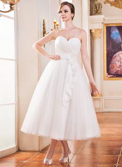 A-Line/Princess Sweetheart Tea-Length Tulle Wedding Dress With Ruffle Flower(s)