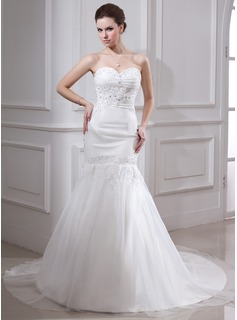 Trumpet/Mermaid Sweetheart Chapel Train Organza Satin Wedding Dress With Ruffle Lace Beading