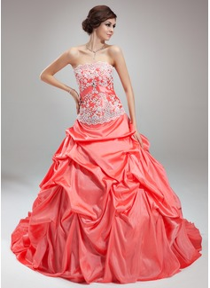 Ball-Gown Strapless Chapel Train Taffeta Wedding Dress With Ruffle Lace Crystal Brooch