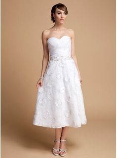 A-Line/Princess Sweetheart Tea-Length Organza Lace Wedding Dress With Ruffle Beadwork Flower(s) Sequins (002014714)