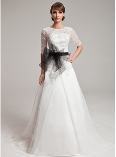 A-Line/Princess Scoop Neck Chapel Train Organza Wedding Dress With Lace Sashes Beadwork