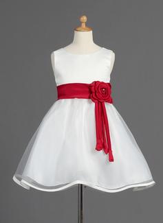 Corte A/Princesa Escote redondo Altura de la rodilla Organdí Satén Vestido para niña de arras con Fajas Bordado Flores Lazo(s)