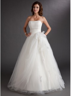 Ball-Gown Strapless Floor-Length Tulle Quinceanera Dress With Beading Appliques Lace