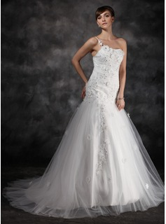 A-Line/Princess One-Shoulder Court Train Tulle Charmeuse Wedding Dress With Ruffle Lace Beadwork Flower(s) (002016946)