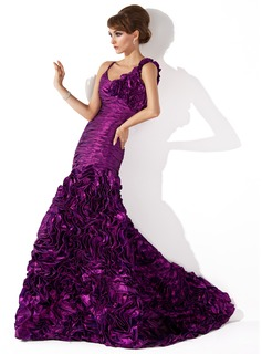 Trumpet/Mermaid Scoop Neck Sweep Train Taffeta Evening Dress With Ruffle Flower(s)