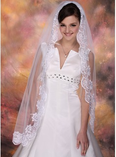 Wedding Veils (006003843)