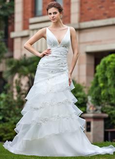 Corte A/Princesa Escote en V Cola capilla Organdí Vestido de novia con Encaje Bordado Cascada de volantes