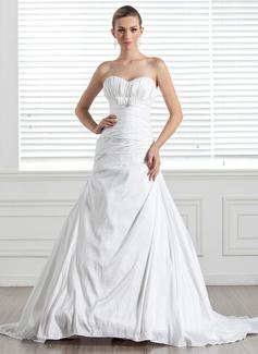 Corte A/Princesa Escote corazón Tren de la corte Tafetán Vestido de novia con Volantes Lazo(s)