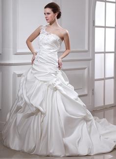 Corte de baile Un sólo hombro Cola capilla Satén Vestido de novia con Volantes Encaje Bordado Flores