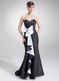 Trompete/Meerjungfrau-Linie Herzausschnitt Sweep/Pinsel zug Taft Festliche Kleid mit Perlen verziert Pailletten Schleife(n) Gestufte Rüschen
