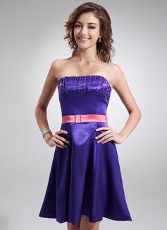 A-Line/Princess Strapless Short/Mini Charmeuse Bridesmaid Dress With Sash Beading