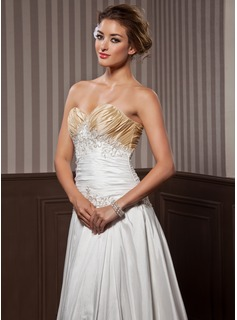 A-Line/Princess Sweetheart Chapel Train Taffeta Wedding Dress With Ruffle Beadwork