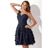 A-Line/Princess One-Shoulder Short/Mini Taffeta Homecoming Dress With Ruffle