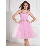 A-Line/Princess Halter Knee-Length Tulle Homecoming Dress With Ruffle Beading