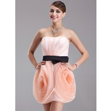Sheath/Column Strapless Short/Mini Organza Homecoming Dress With Ruffle Sash