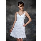 Etui-Linie Herzausschnitt Knielang Spitze Brautkleid mit Perlen verziert Pailletten