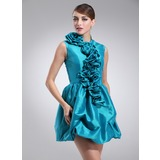 A-Line/Princess Scoop Neck Short/Mini Taffeta Homecoming Dress With Ruffle (022021141)