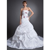 Mermaid Strapless Chapel Train Taffeta Wedding Dress With Embroidery (002015156)