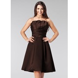 A-Line/Princess Scalloped Neck Knee-Length Satin Bridesmaid Dress With Ruffle (007005206)
