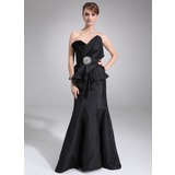 Mermaid Scalloped Neck Court Train Taffeta Mother of the Bride Dress With Ruffle (008006459)