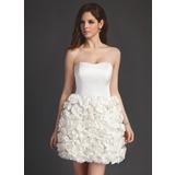 Forme Princesse Bustier en coeur Court/Mini Satiné Robe de mariée avec Fleur(s)