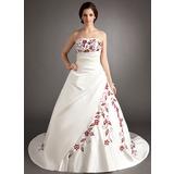Forme Princesse Sans bretelle Traîne mi-longue Satiné Robe de mariée avec Broderie Plissé Emperler