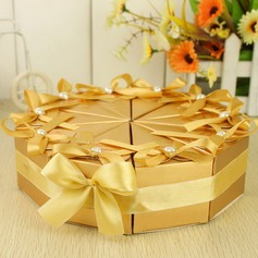 Pyramid Favor Boxes With Ribbons/Pearl (Set of 10)