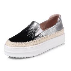 Женщины кожа Плоский каблук Платформа Закрытый мыс обувь