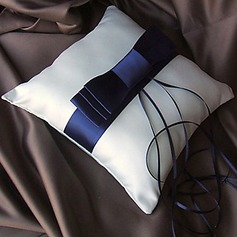 Vintage Style Ring Pillow In Satin With Ribbons And Sash (More Colors)(103018278)