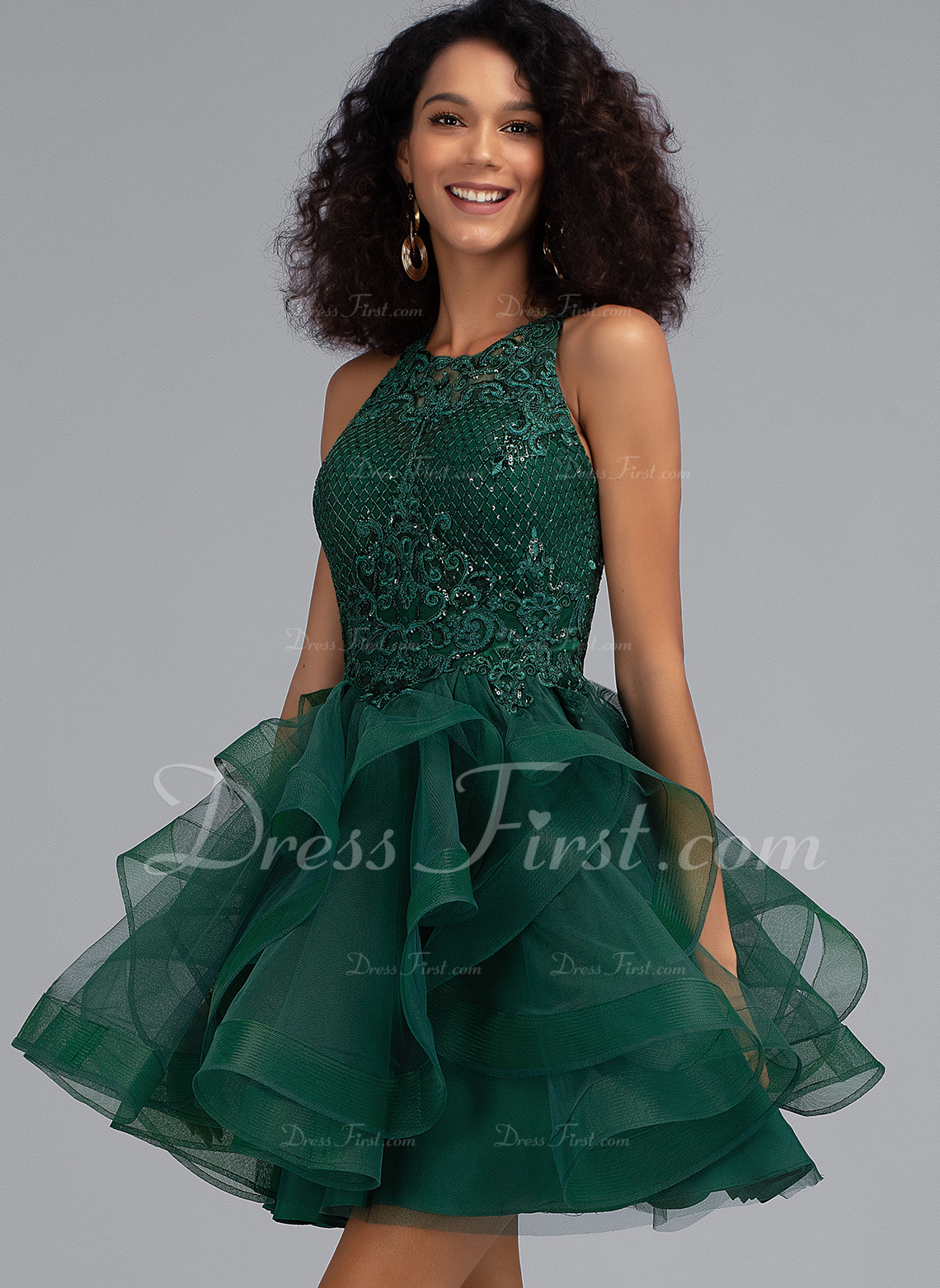 Ball-Gown/Princess Scoop Neck Short/Mini Tulle Homecoming Dress With Sequins
