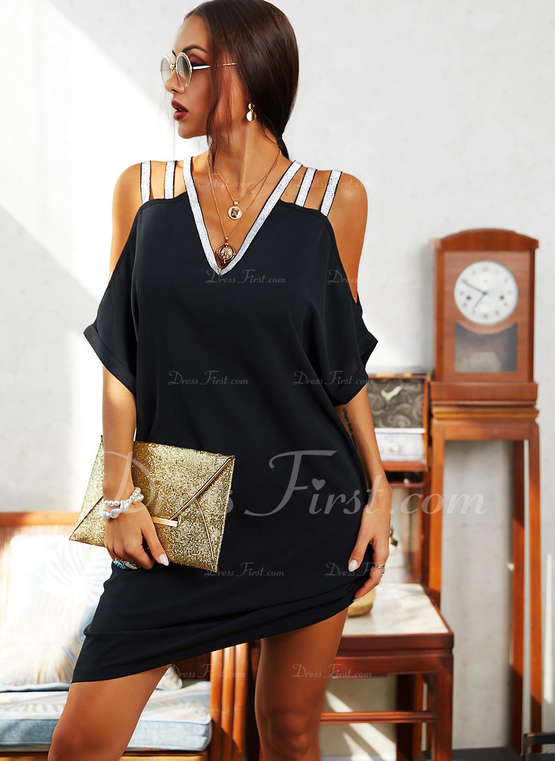 Paillettes Couleur Unie Coupe droite Épaule Froide Manches Courtes Midi Petites Robes Noires Décontractée Tunique Robes tendance