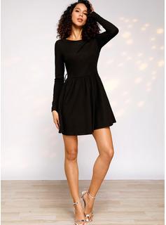 Solid Kjole med A-linje Lange ærmer Mini Den lille sorte Casual Elegant skater Mode kjoler