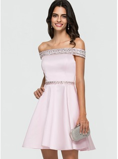 A-Line/Princess Off-the-Shoulder Short/Mini Satin Homecoming Dress With Beading Sequins