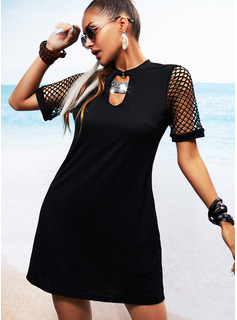 Sólido Malla Vestidos sueltos Manga Corta Mini Pequeños Negros Casual Vacaciones Túnica Vestidos de moda