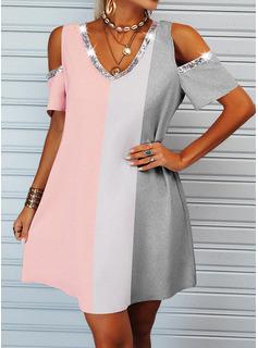 Trozos de color Impresión Vestidos sueltos Manga Corta Mini Casual Vestidos de moda