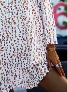 Print Shiftklänningar 3/4 ärmar Kall axel Mini Fritids Semester Modeklänningar