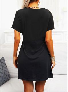 Sólido Vestidos sueltos Manga Corta Midi Pequeños Negros Casual Túnica Vestidos de moda